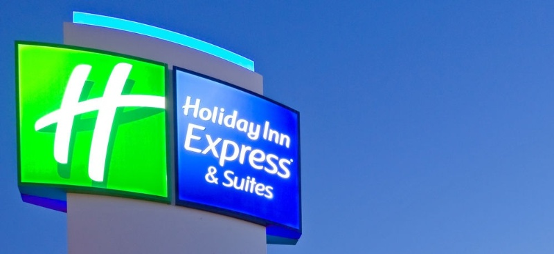 Holiday Inn Express & Suites Southaven Central Memphis 1 of 9