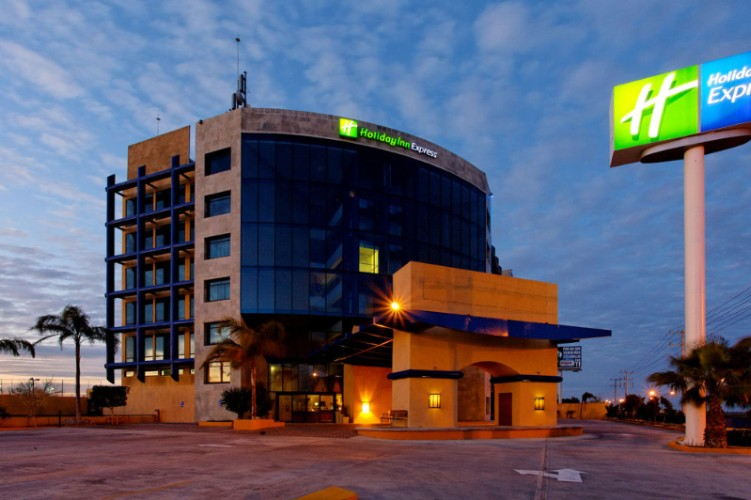 Holiday Inn Express Nuevo Laredo 1 of 25
