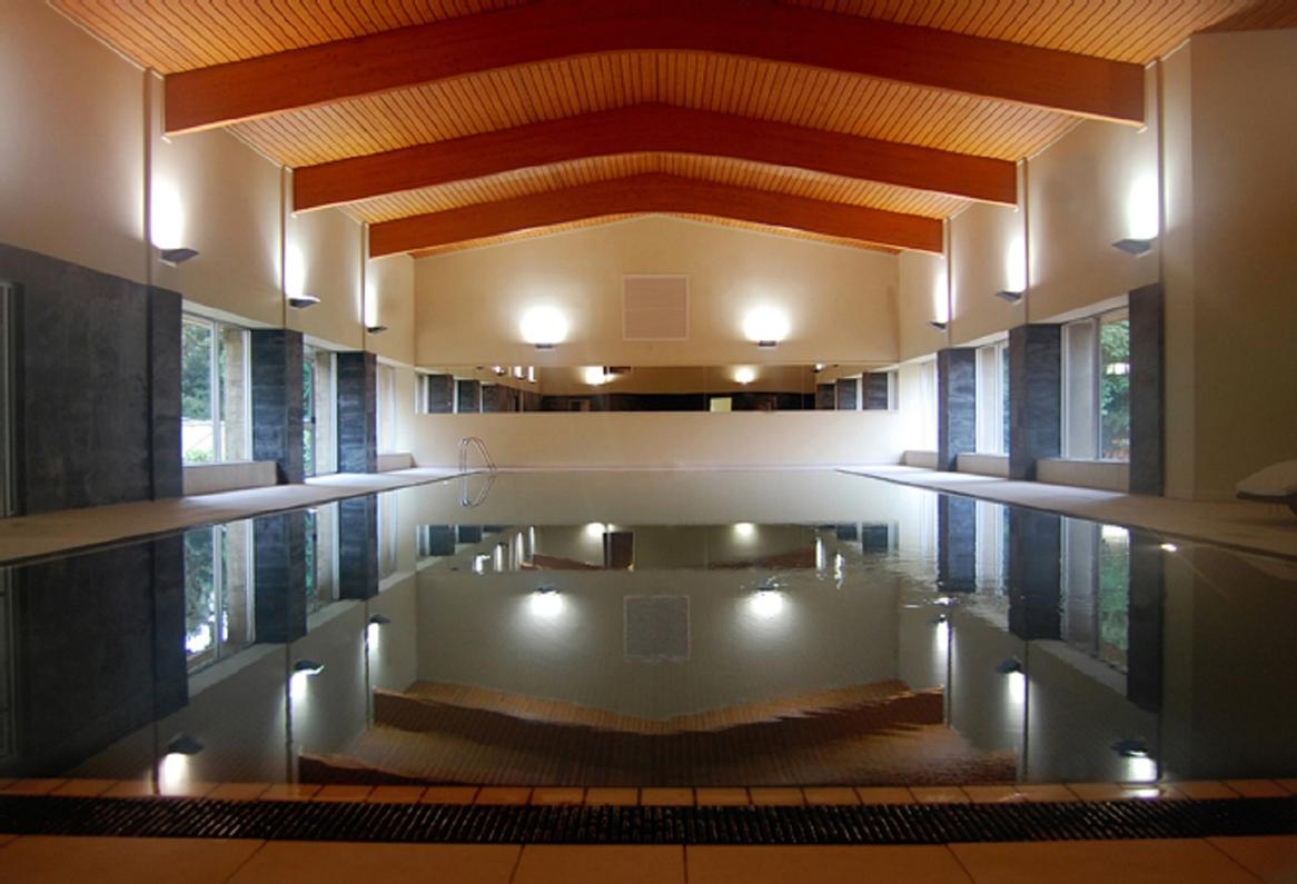 Indoor Pool 24 of 26