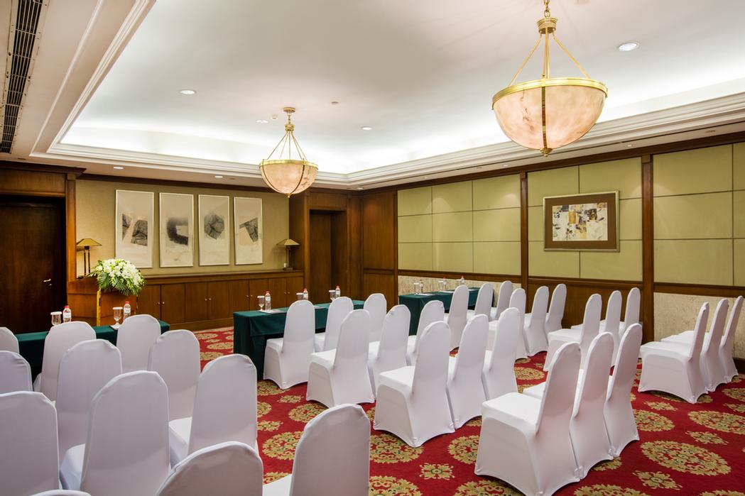 Function Room 15 of 17