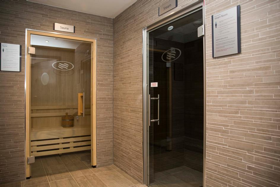 Sauna & Steam Room 12 of 15