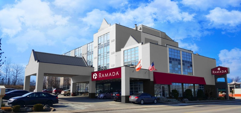 Ramada Niagara Falls by The River 1 of 9