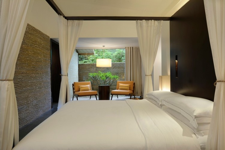 Spa Pool Villa Bed Room 7 of 20