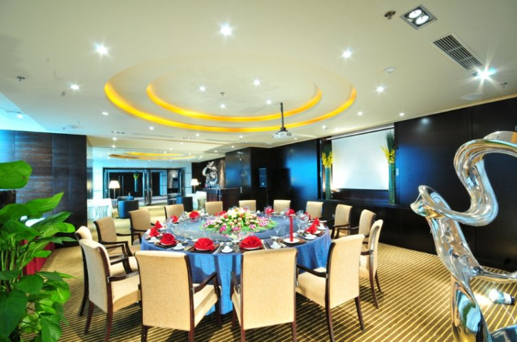 Function Room 4 of 15