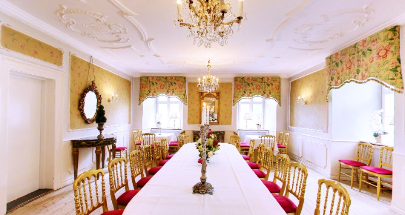 Banquet Hall 7 of 20