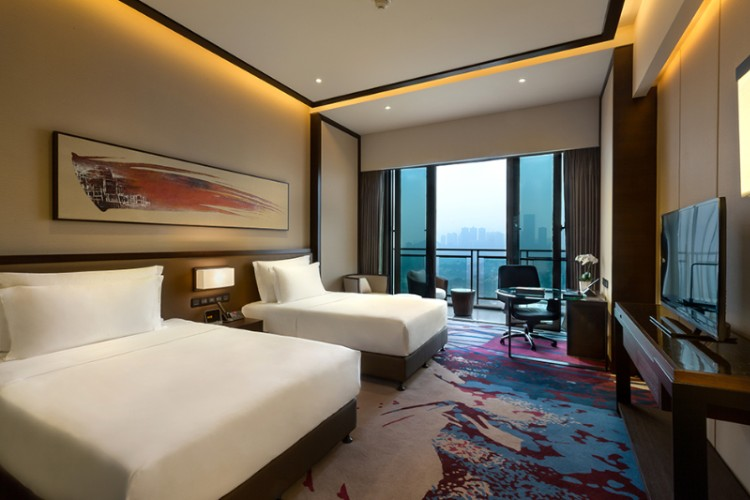 Crowne Plaza Special View Room 3 of 18