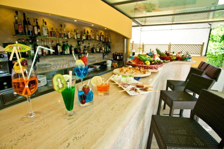 HOTEL BELSOGGIORNO - Bellaria-Igea Marina Via Mar Mediterraneo 11 47814