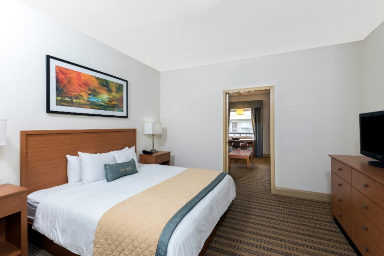 Our Two-Room King Suites Offer A King Bed And A Queen Sized Pull Out Sofa Sleeper. 5 of 11