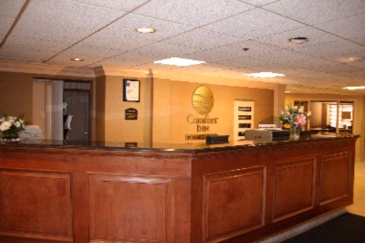 Comfort Inn Livonia 1 of 6