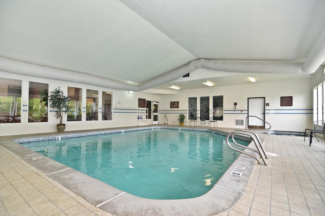 Indoor Pool & Hot Tub -After A Day Of Travels Relax In Our Heated Pool Or Hot Tub! 5 of 12