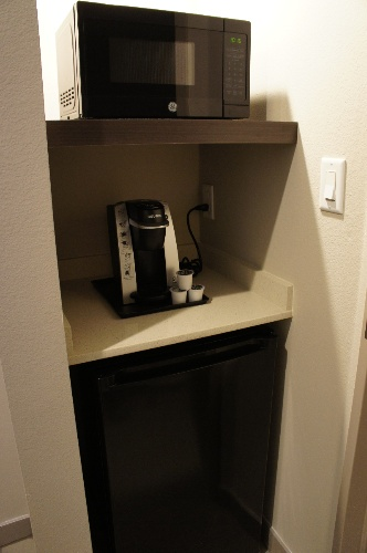 Keurig Microwave & Fridge Available In Every Guestroom 15 of 28