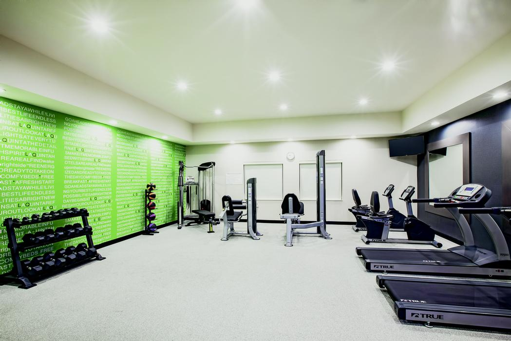 Fitness Center 24 of 28