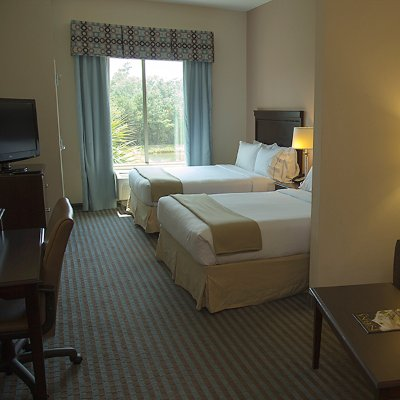 Holiday Inn Express Leland / Wilmington Area 1 of 10
