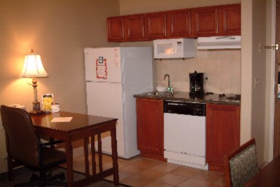 Queen Suite Kitchen 9 of 10