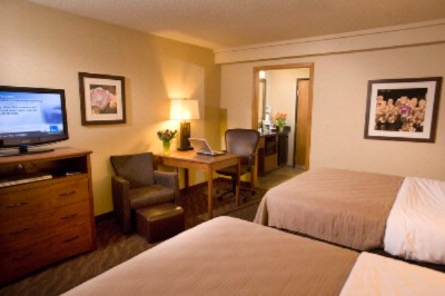 Deluxe Room With 2 Queen Beds On Ground Floor 4 of 10
