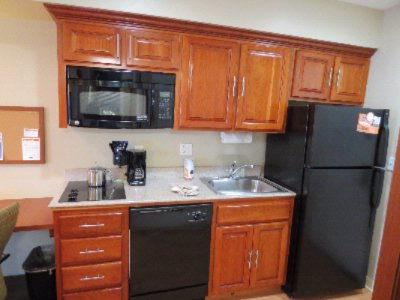Room Amenities -Full Kitchen 10 of 12