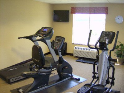 Fitness Room 9 of 15