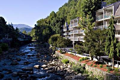 Days Inn Gatlinburg on the River 1 of 3