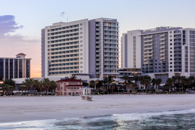 Wyndham Grand Clearwater Beach 1 of 13