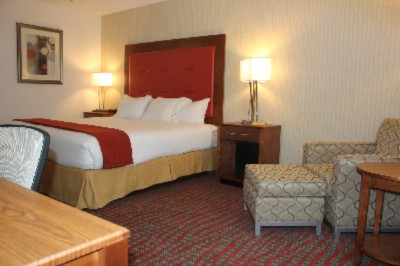 Enjoy Our Spacious King Sized Rooms 5 of 13