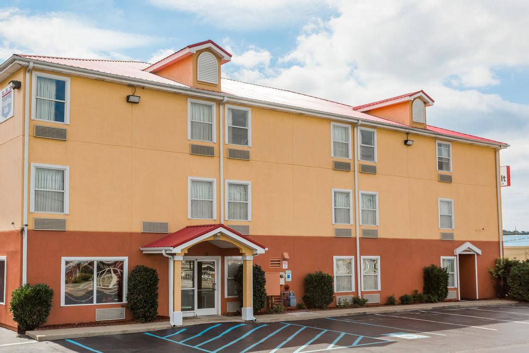 Surestay Plus Hotel By Best Western Chattanooga 6914 Shallowford Rd Tn 37421