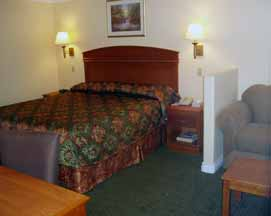 Room With King Bed 3 of 6