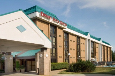 Drury Inn & Suites St. Louis Westport 1 of 9