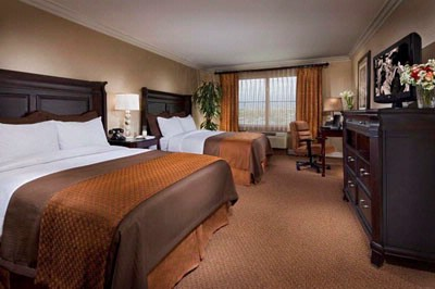 Ayres Inn & Suites Ontario Mills Mall -Two Queen Room 8 of 15