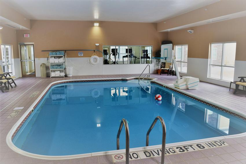 Indoor Pool 4 of 15