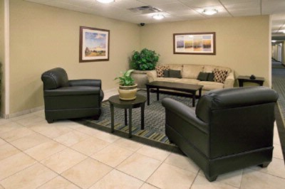 Candlewood Suites Lobby 4 of 12