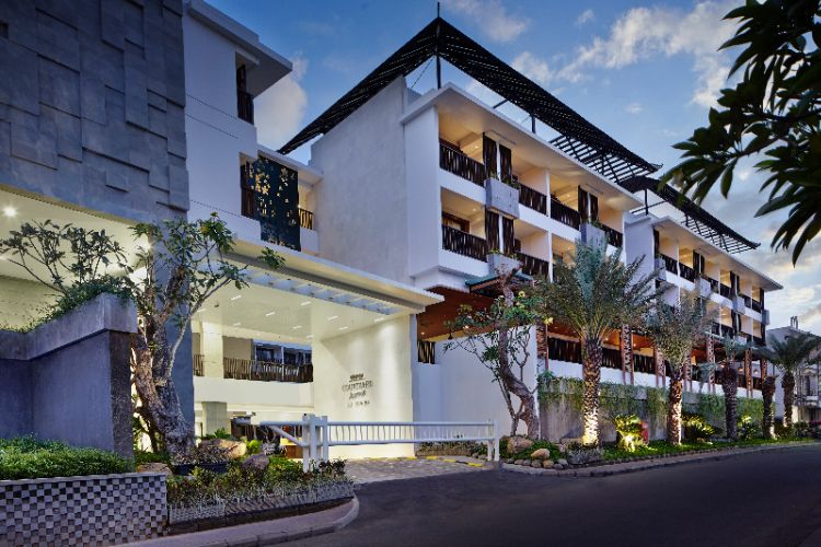 Courtyard By Marriott Bali Seminyak Resort 3 of 22