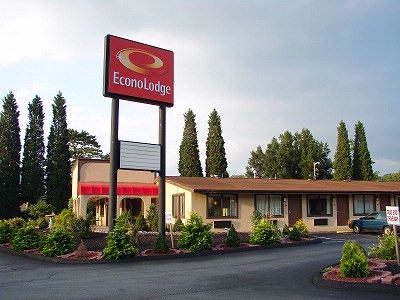 Econo Lodge 1 of 22