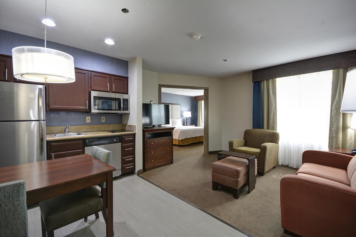 All-Suite Hotel 16 of 19