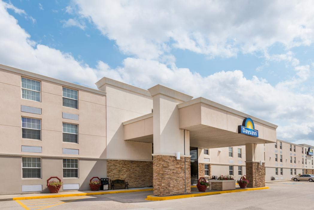 Days Inn 1 of 6