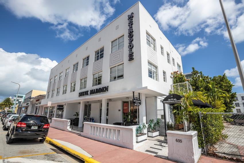 Metropole Suites South Beach 1 of 13