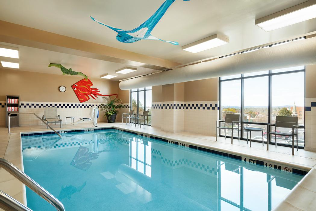 Heated Indoor Pool Open Daily 8am -10pm 4 of 11