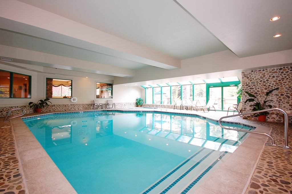 Indoor Pool And Spa 5 of 16