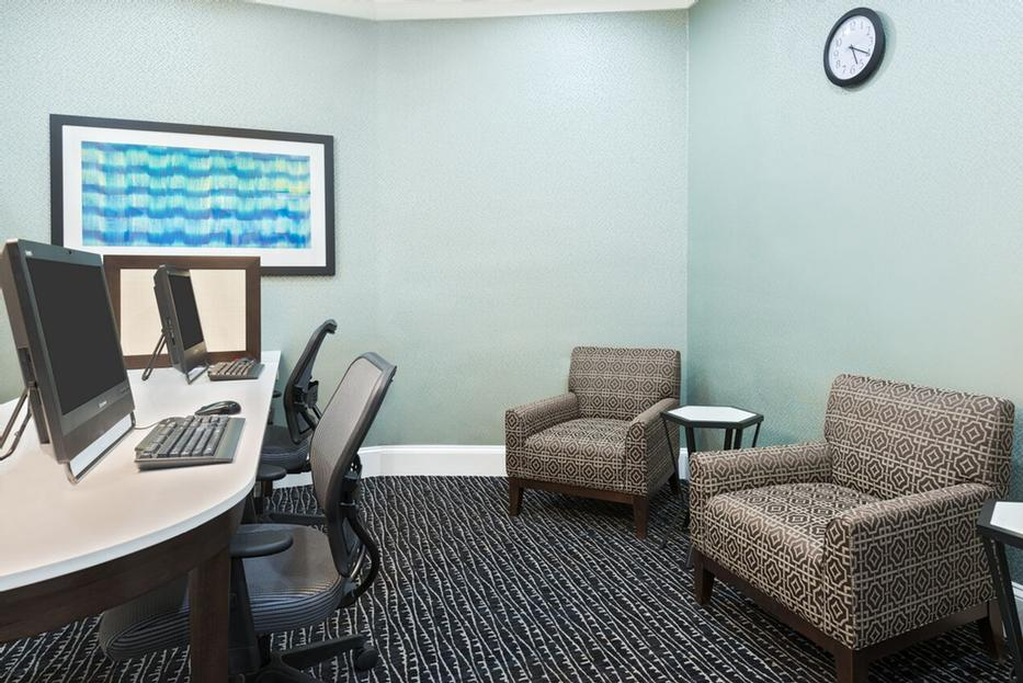 Our Complimentary Business Center 10 of 12