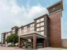 Image of La Quinta Inn at Suites Arlington North 6 Flags Dr