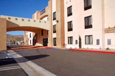 Best Western Joshua Tree Hotel Suites 56525 Twentynine Palms Highway Yucca Valley Ca 92284