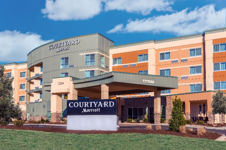 Courtyard by Marriott Somerset 1 of 11
