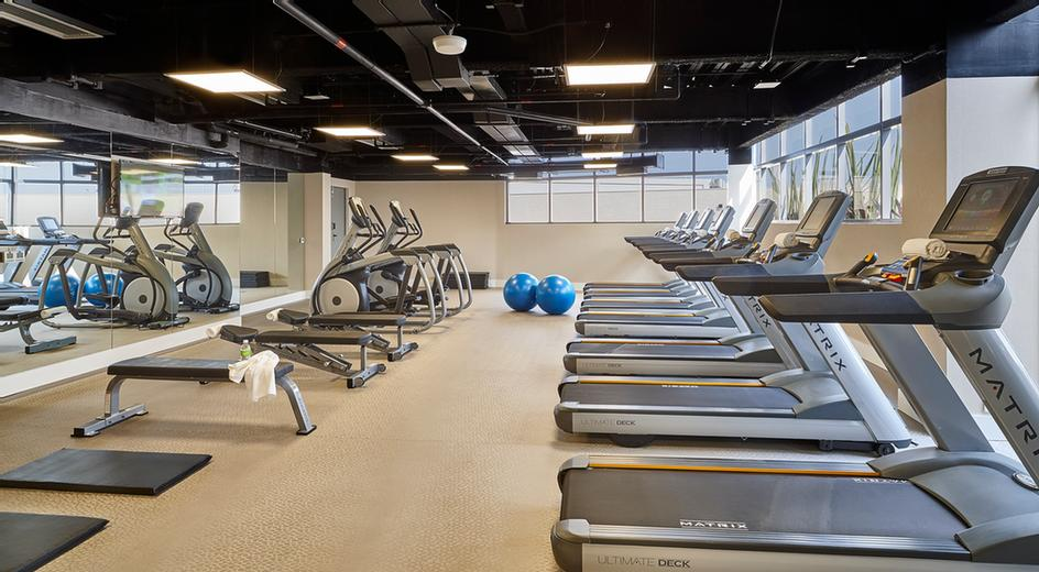 Fitness Center 20 of 26
