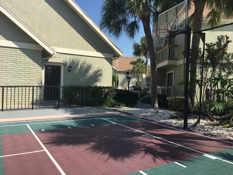 Basket Ball Court 12 of 16
