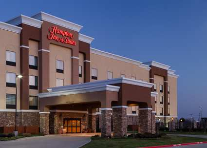 Hampton Inn & Suites Dallas Arlington South 1 of 6