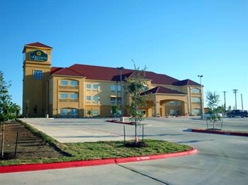 Image of La Quinta Inn & Suites Kyle