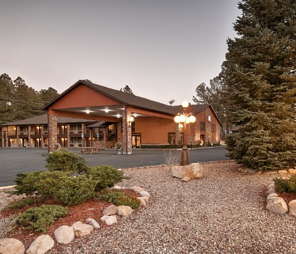 Welcome To The Best Western Inn Of Pinetop 2 of 13