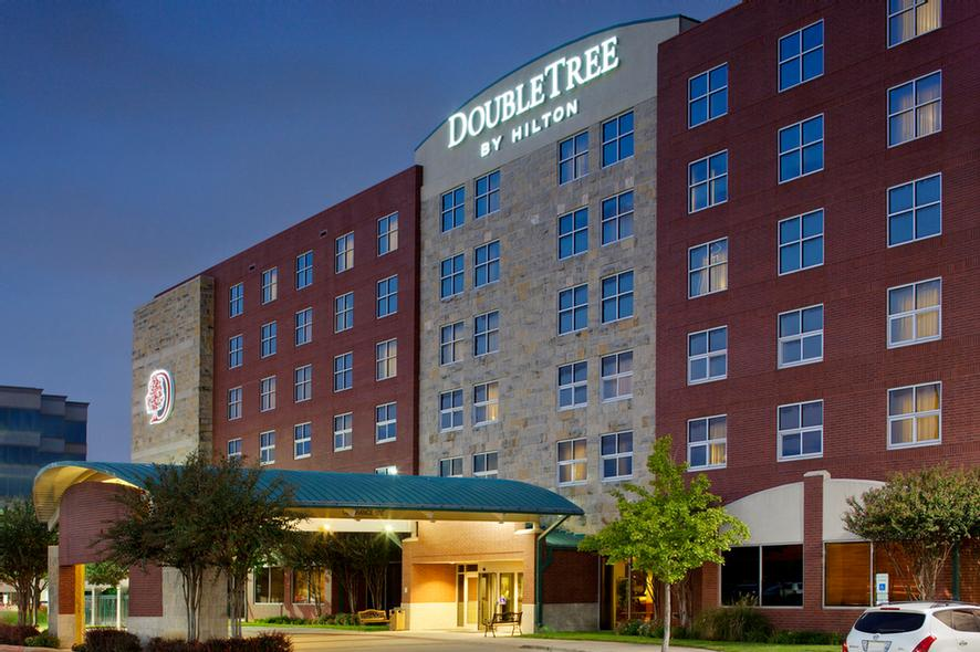 Doubletree by Hilton Dallas Farmers Branch 1 of 8