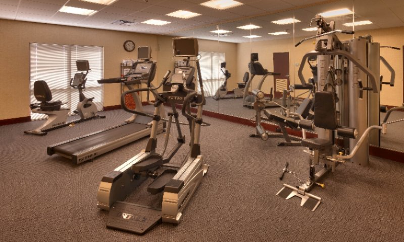 24-Hour Fitness Room 9 of 15