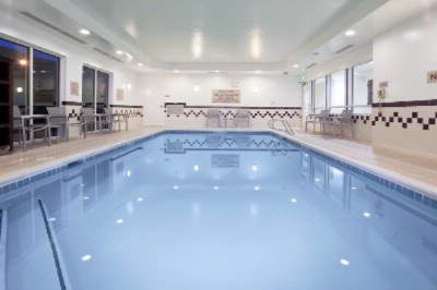 Indoor Pool & Spa 11 of 15