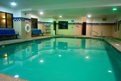 Indoor Pool And Hot Tub 6 of 9